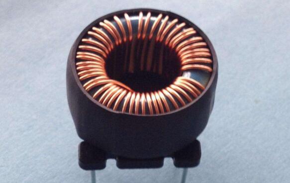 线圈电感的类型多种多样(图1)
